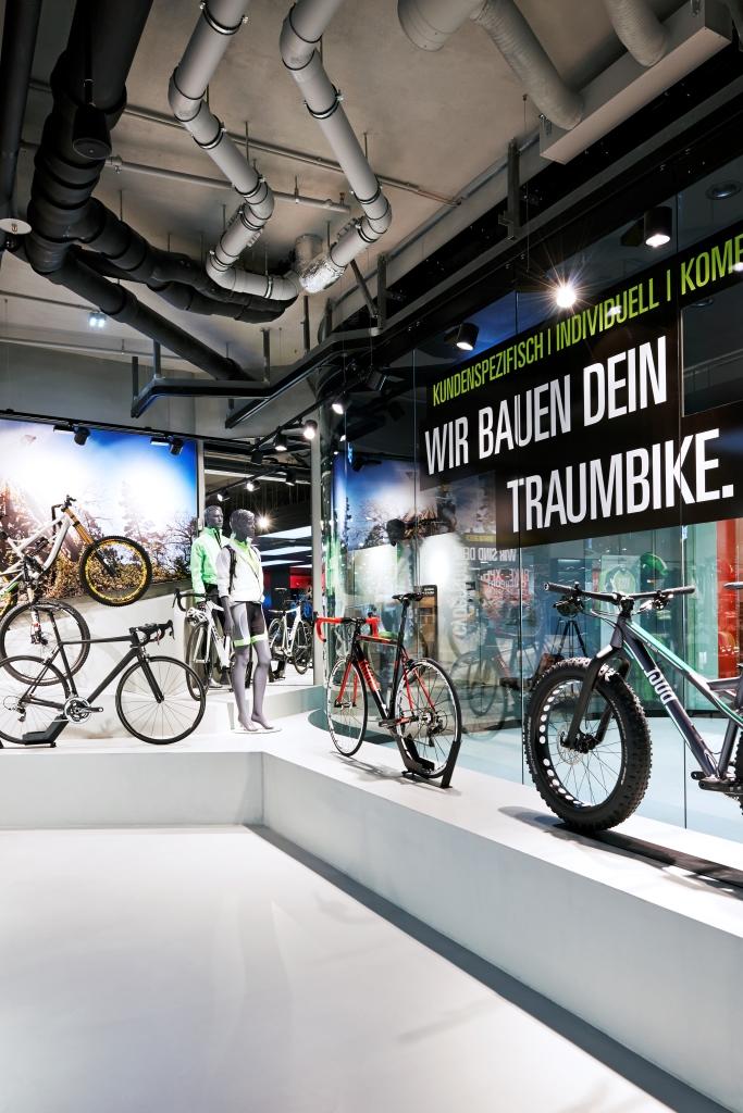 Neueröffnung im Mono EKZ München