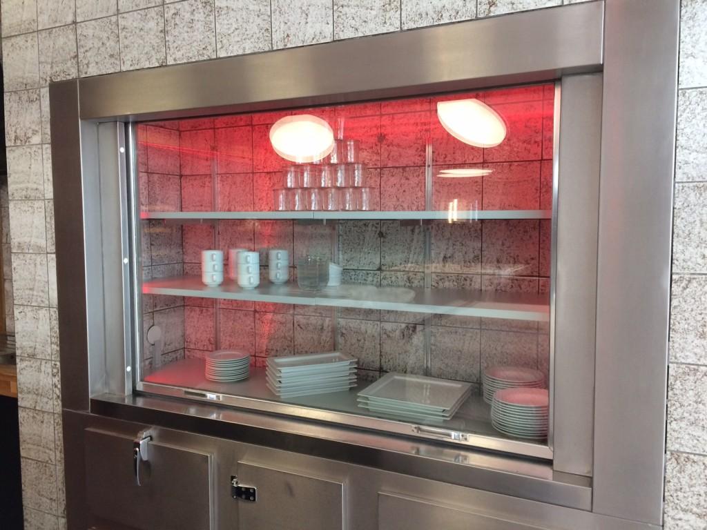 Die ehemaligen Kühlaggregate dienen zukünftig als Dekofläche und Lagerraum.