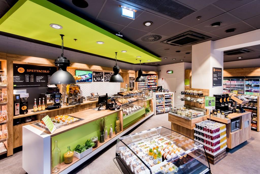 """AVEC versteht sich als 1-Stop-Glücksbringer in der Conviniencebranche mit einer großen Auswahl an frischen und hochwertigen Produkten """"Ready to Eat"""""""